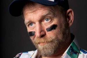 tony law laugh out london comedy club